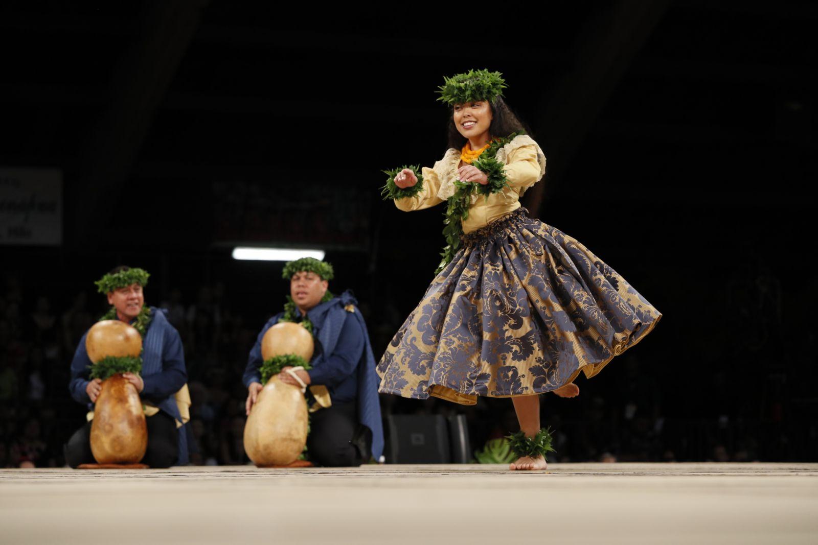 Miss Aloha Hula 2017 – Kelina Kiyoko Keʻanoʻilehua Tiffany Eldredge